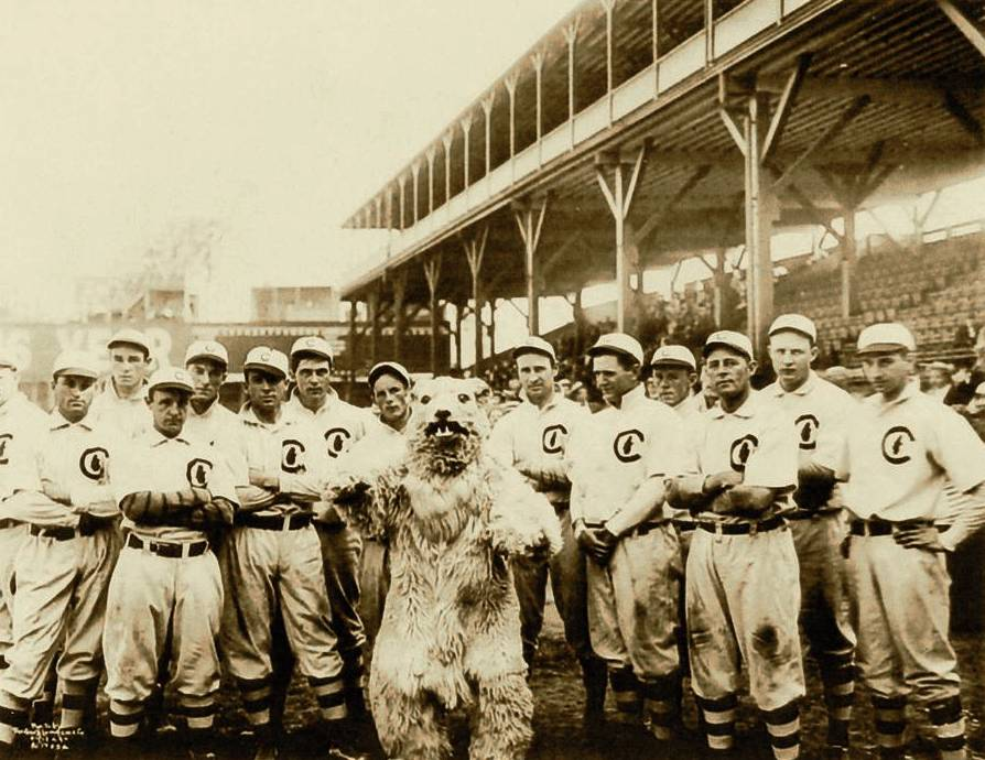 Members of the 1908 World Champion Chicago Cubs